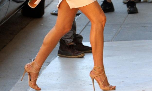 aniston legs m