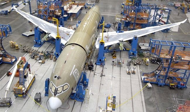 Final Assembly Begins on Fifth Boeing 787 Dreamliner