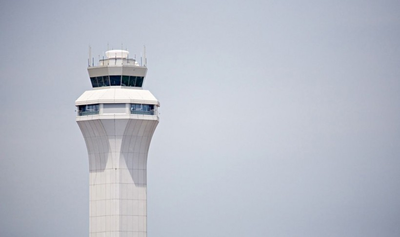 faa closing control towers