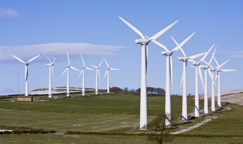 Wind turbines in windfarm